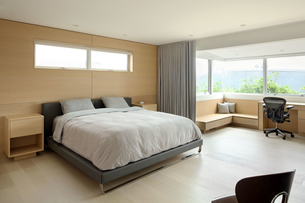 silicon-bay-contemporary-master-suite-plywood-paneling.jpg
