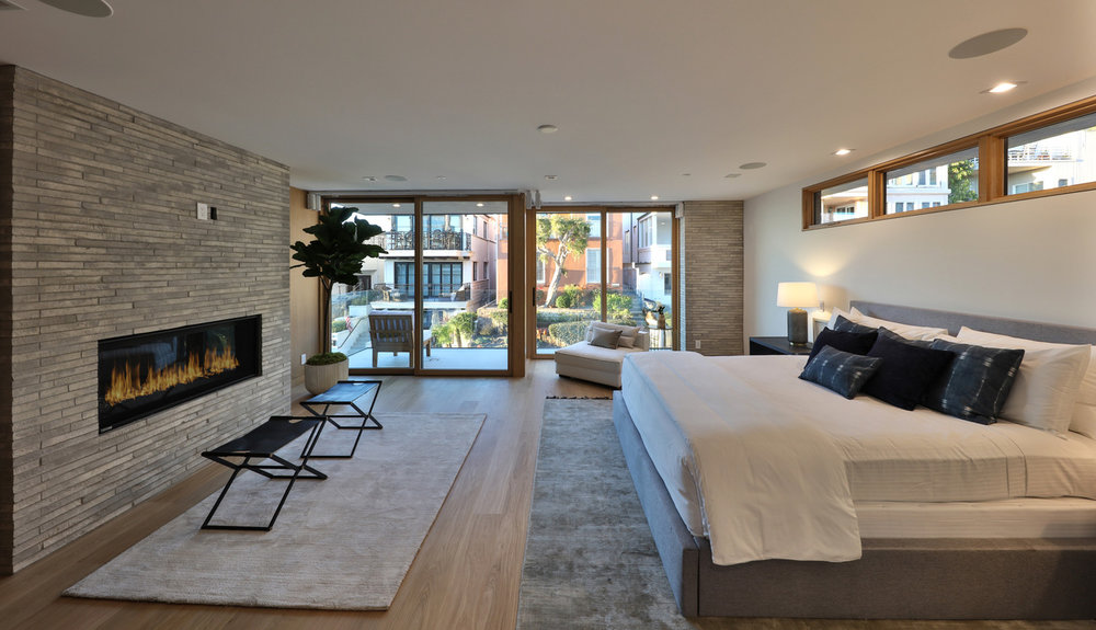 master-bedroom-fireplace-silicon-bay.jpg