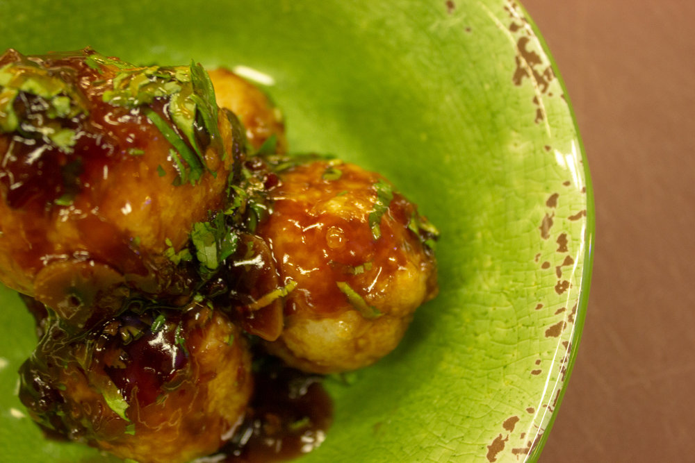Toss - in the sauce and serve with fresh coriander.