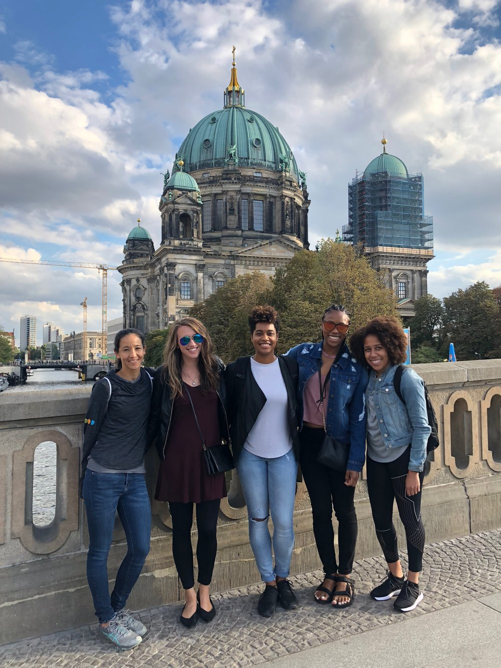 Sightseeing with fellow runners at the Berlin Cathedral.
