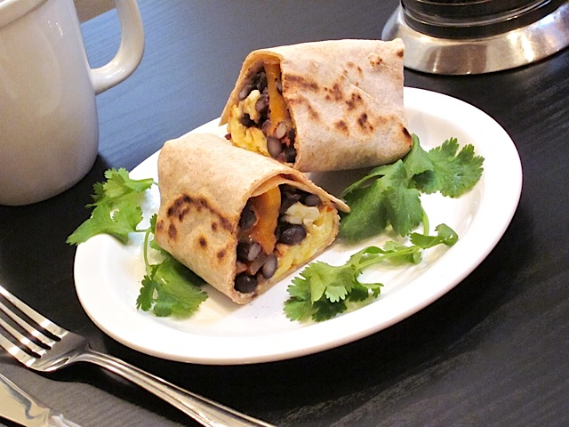 make ahead breakfast burritos - Packed with protein from budgetbytes.com