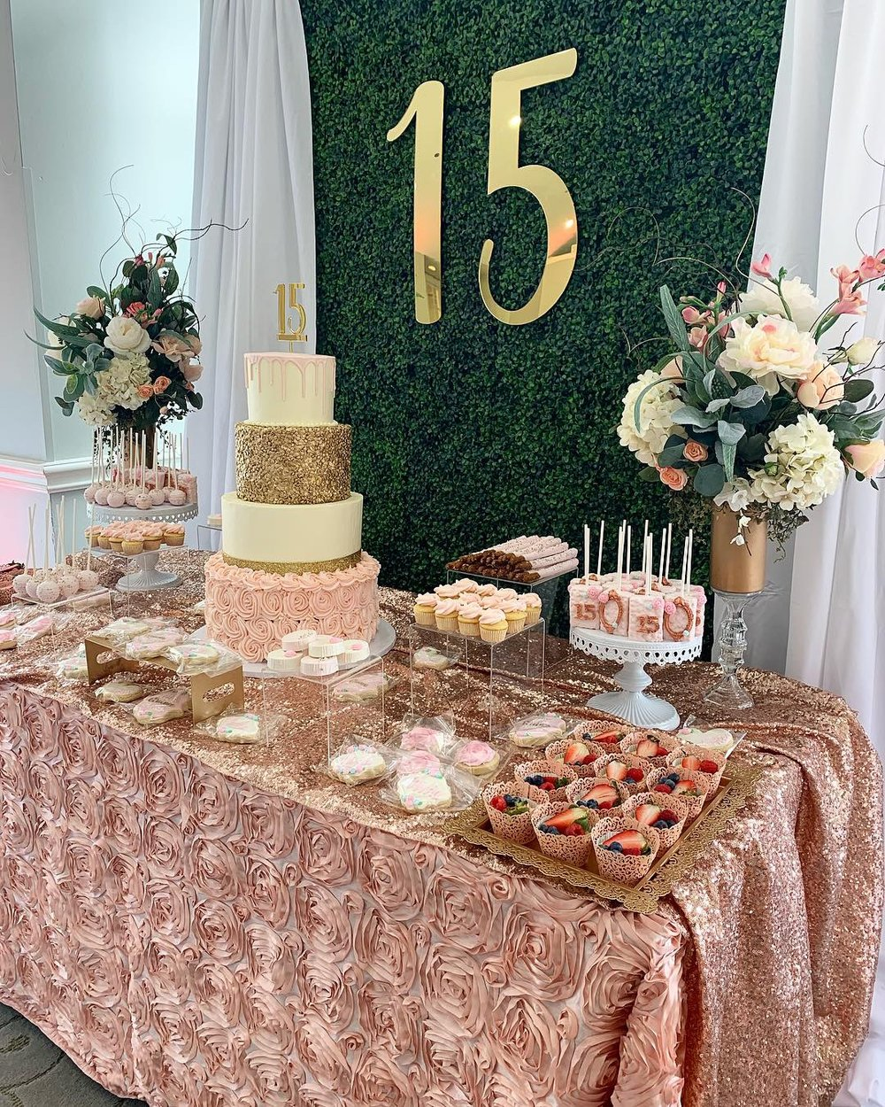 Lesly of Treats and Co Cake with Gold Acrylic Cake Topper and Mirrored Backdrop 15
