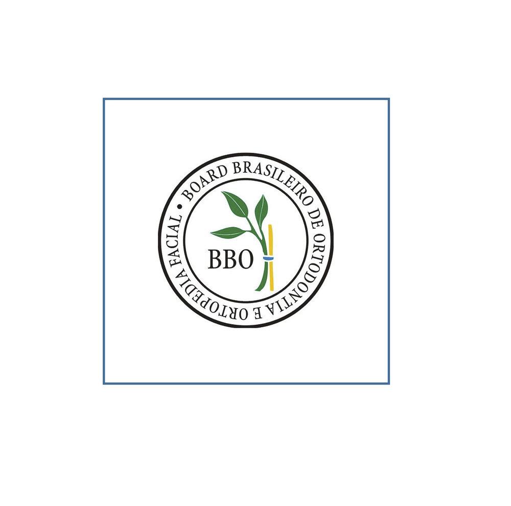 Titulado pelo Board Brasileiro de Ortodontia e Ortopedia Facial (BBO)
