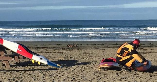 Paddle Golden Gate Surf Kayaking. Dillon Beach (Photo: Laura Zulliger)