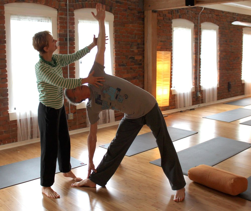 Professional trainings for current and future yoga teachers, behavioral health professionals, allied health professionals and more.