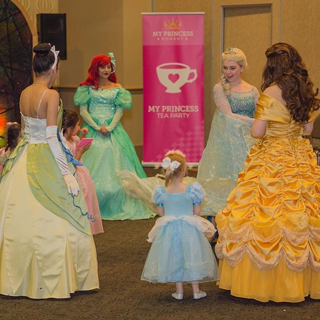 Who wants to have a dance party with all their favorite Princesses? Join us for My Princess Moment and you can! 💖👑💃