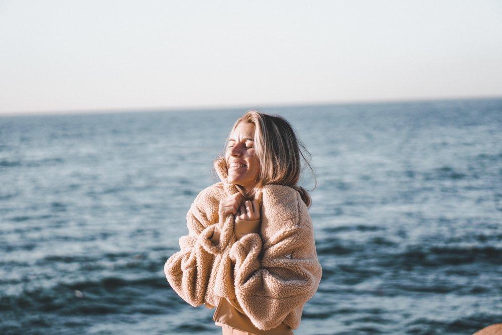 foxy sherpa jacket alo yoga