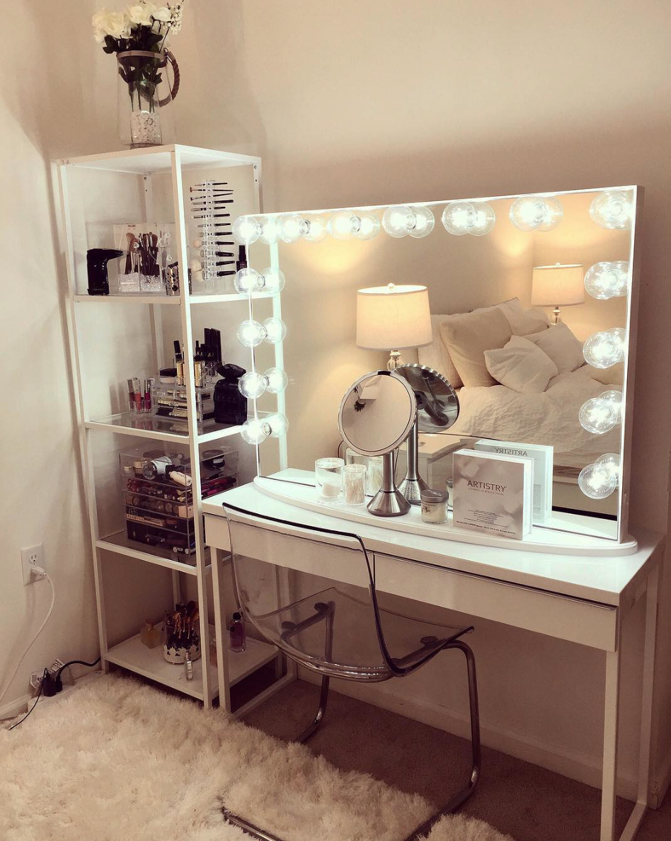 Impressions Hollywood Glow Pro Vanity Mirror Cosmetic Curator