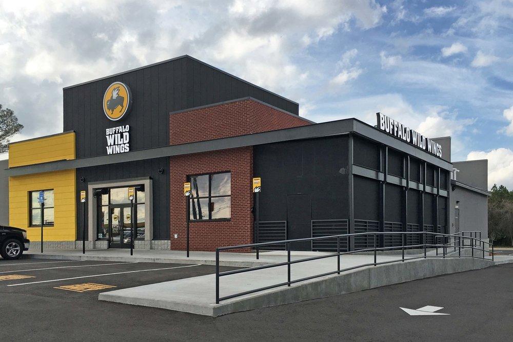 New Buffalo Wild Wings Opens in Tifton