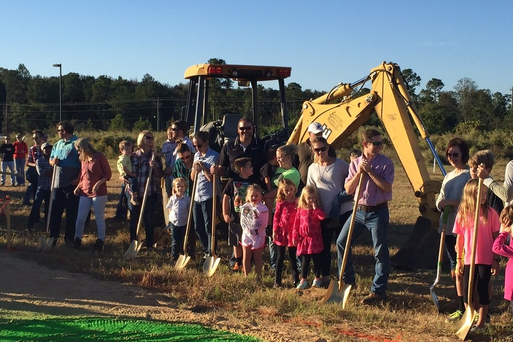 Groundbreaking Held for New CrossPointe Church