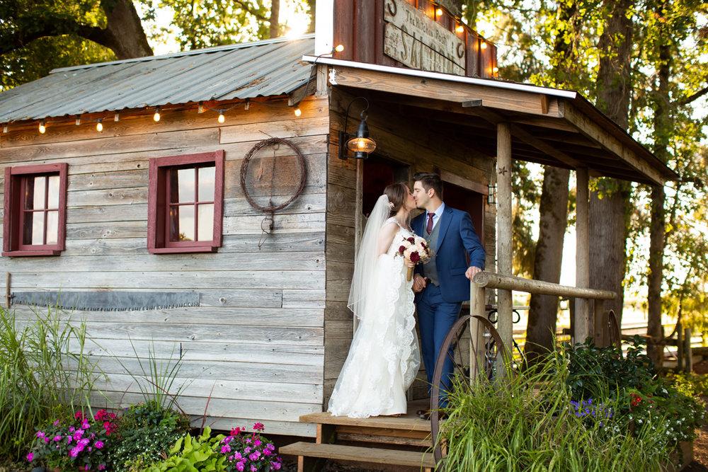 Postlewaits-Wedding-160.jpg