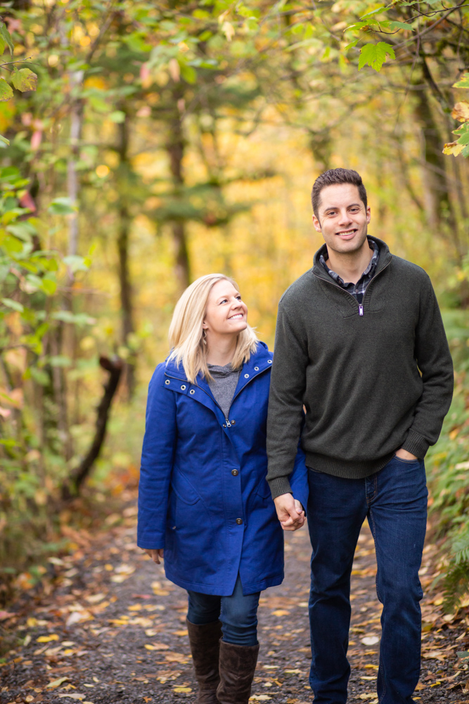 Columbia-Gorge-BridalVeil-Engagement-030.jpg
