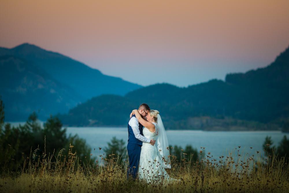 Portland-Skamania-Lodge-Wedding-57.jpg