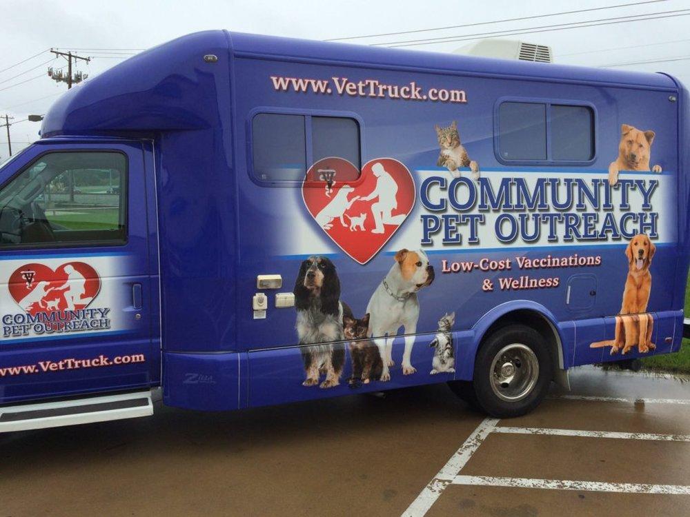 Community-Pet-Outreach-Mobile-Pet-Truck-1024x768.jpg