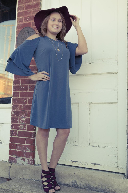 Veronica - blue dress