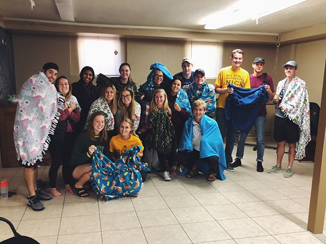 As the temperature in Minnesota drops lower, our brothers gathered together to make tie blankets for Project Linus to donate to a local hospital🏩