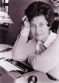 Erma Bombeck, my idol. 1970's funny Mom and writer.
