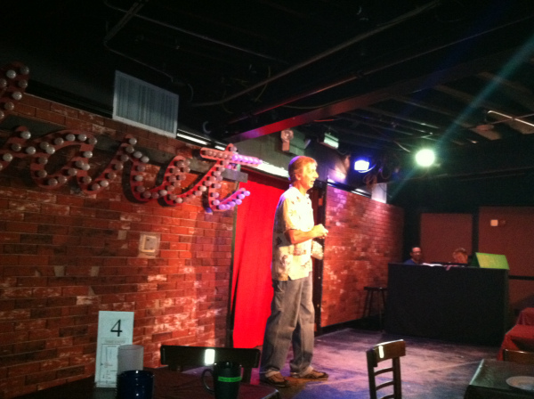 Geoffrey Wade rehearsing the Act IV Cabaret