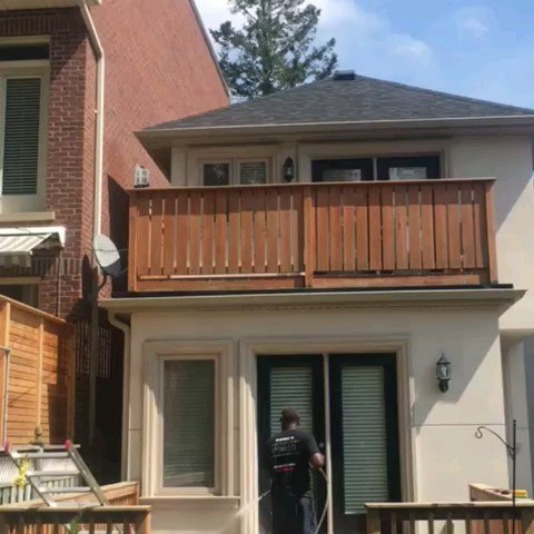 Sometimes you need to powerwash the house AND the grounds! 😁 #Softwash #PowerWash #PressureWash #PressureWashing #PowerWashing #SoftWashing #torontorealestate #torontowindowcleaning #windowcleaning #windowcleaningtoronto