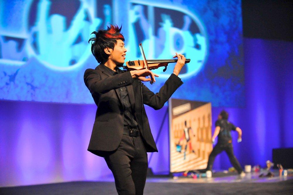 Jason Yang Electric Violin