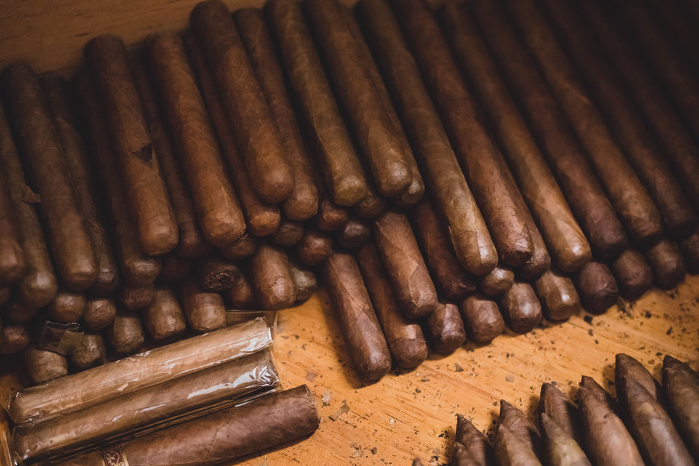 NICARAGUAN  TABACCO CIGARS HAND-ROLLED IN MIAMI