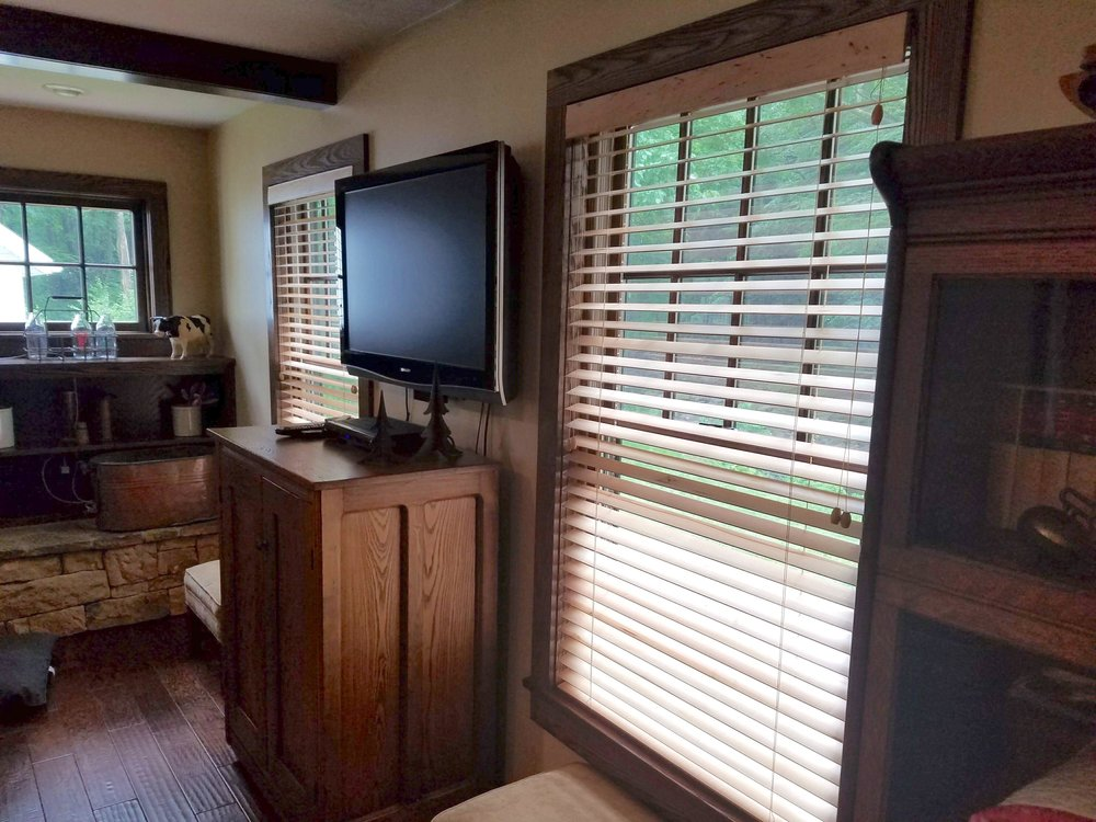 Hunter Douglas Parkland Woods