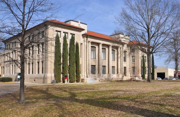 4 Bolivar County Courthouse.jpg