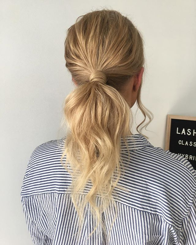〰 formal fun! . . . . . . . . . . #texturedponytail #ponytail #blondehair #hairstyle #formalhair #adelaidehairstylist #instahair #beyondtheponytail #adelaidesalon