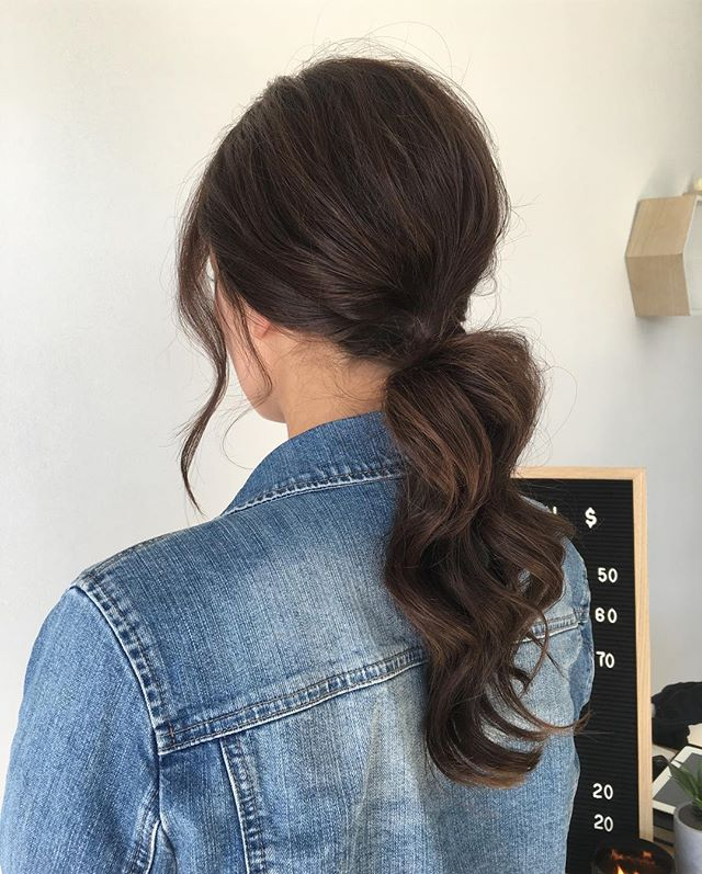 〰 ponytail using @delorenzo_haircare and @ghdhair creative wand ✖️styled the always gorgeous @chelseabetham . . . . . . . . #ponytail #beyondtheponytail #hairstylist #adelaidehairstylist #adelaidesalon #instahair #hairlove #upstyle #updo #hairofinstagram #hair #hair_artistry #hairstyles #instalike #adelaide #formalhair #hairinspo