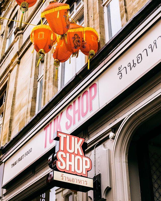 Sun + Thai food = Happy London