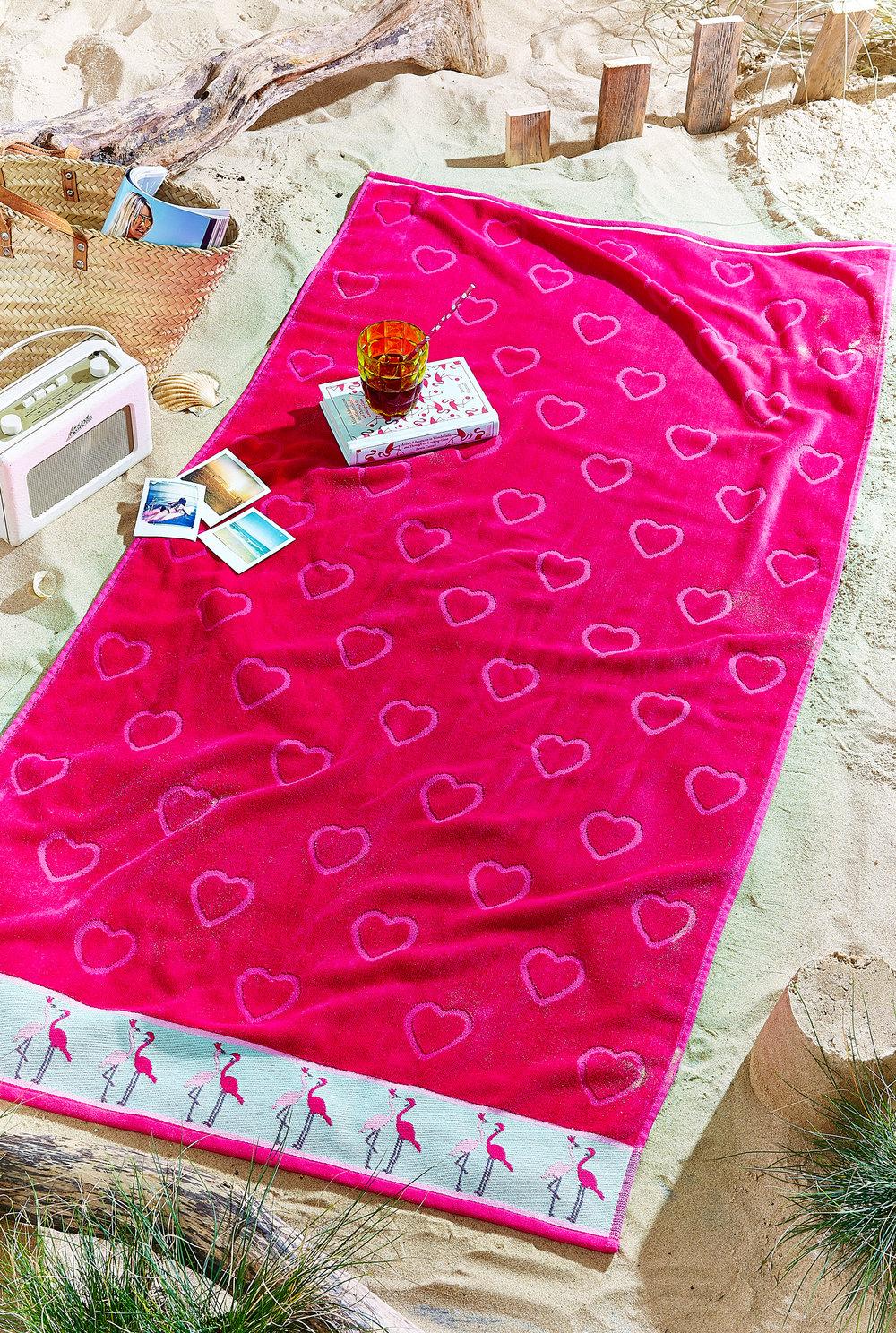 38165_Flamingo-Beach-Towel-Singular-Shot_Pink.jpg