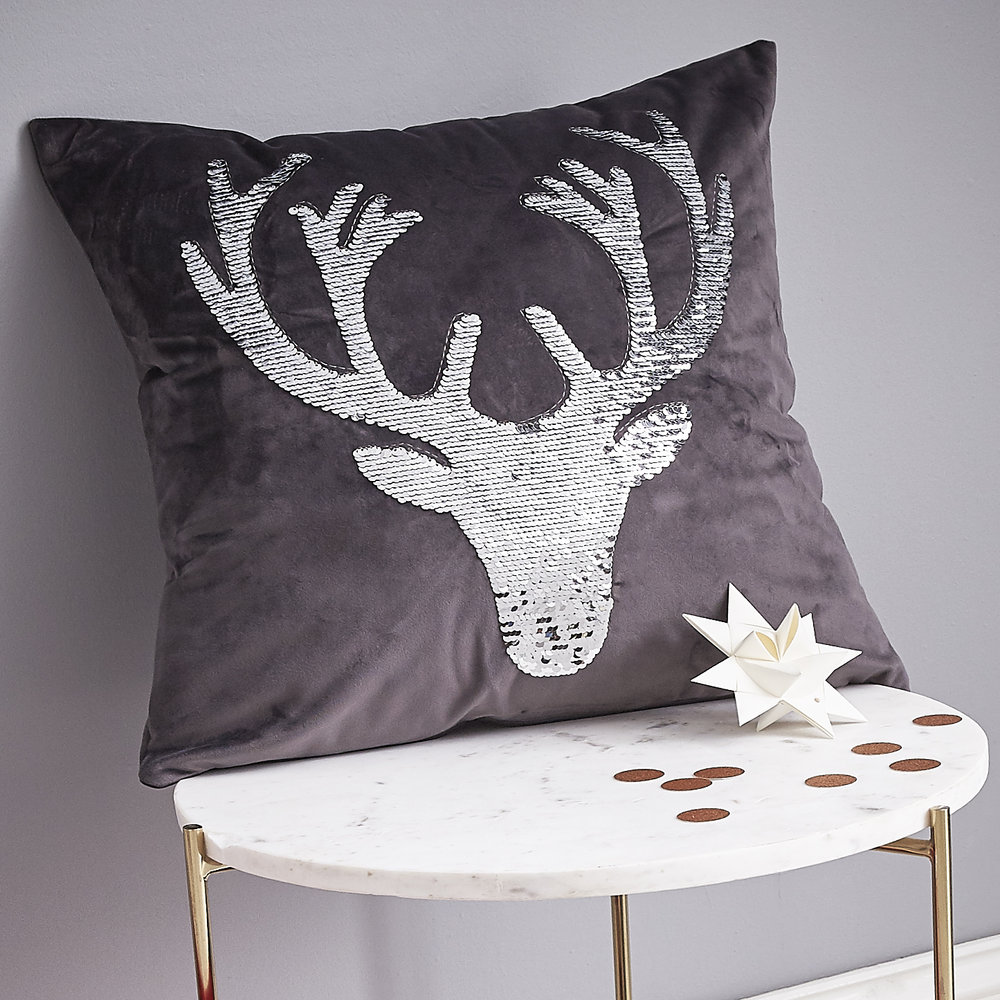SEQUIN STAG