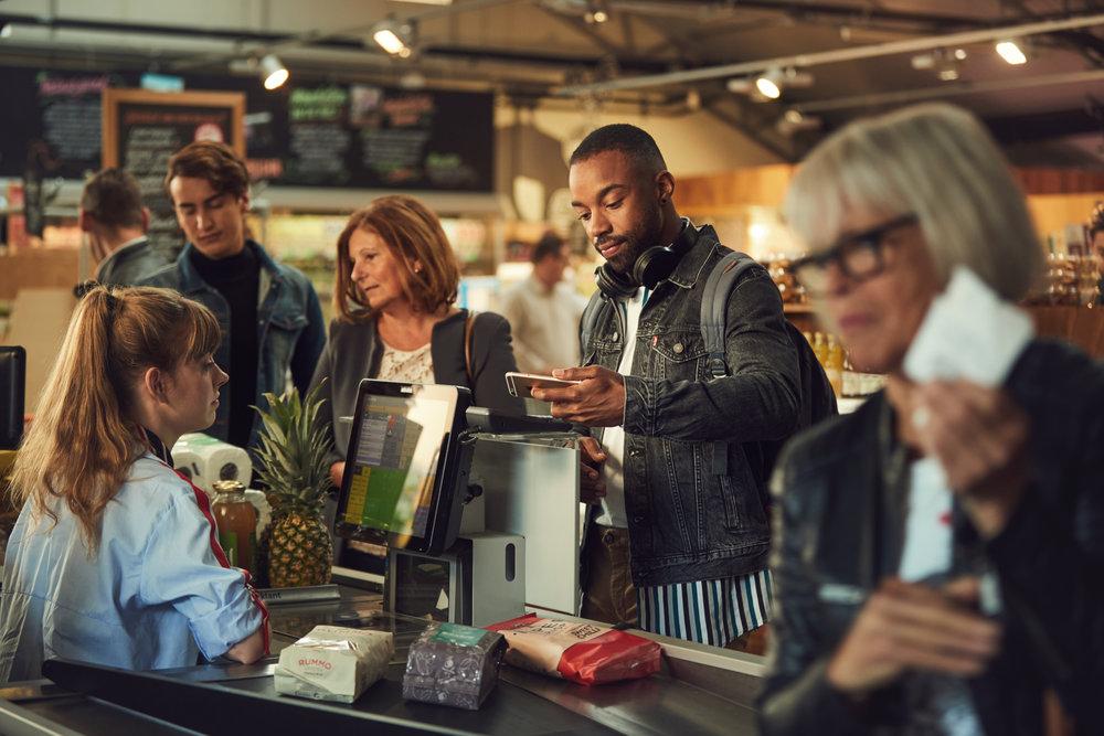 key visual pay in-store on mobile adyen Pim Hendriksen
