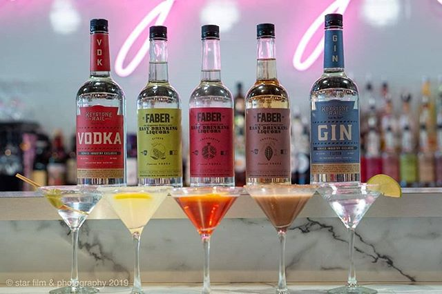Meet the Martini Meeting Team- $5 Martinis for your last meeting of the day at Max's.  M-F, 4-5P, 5 Great Martinis.
