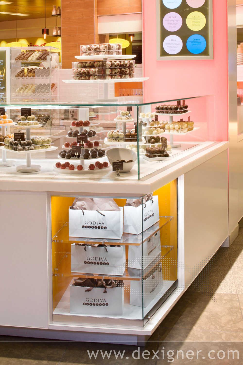 Godiva_Truffle_Express_Chocolate_Kiosk_03.jpg