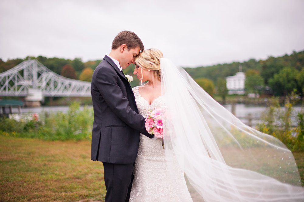 Goodspeed Riverhouse Wedding Ashley Therese Photography-64.jpg