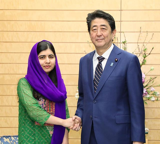 "Last week @Malala was in #Japan to meet the women and girls working to increase female representation in their fields and to ask PM @shinzoabe to support them by leading on girls' education. ""If we hope to create a world where all women can shine — where more women are driving innovation, holding seats in government or running companies — our leaders must invest in girls' education."" — Malala . Watch this space for updates! . 「もし私たちが、女性が発明や、政治、産業をリードし、より輝く事が出来る世界にしたいと思うのならば、企業や団体のリーダーは女性の教育に投資しなくてはならない。」- マララ・ユスフザイ"