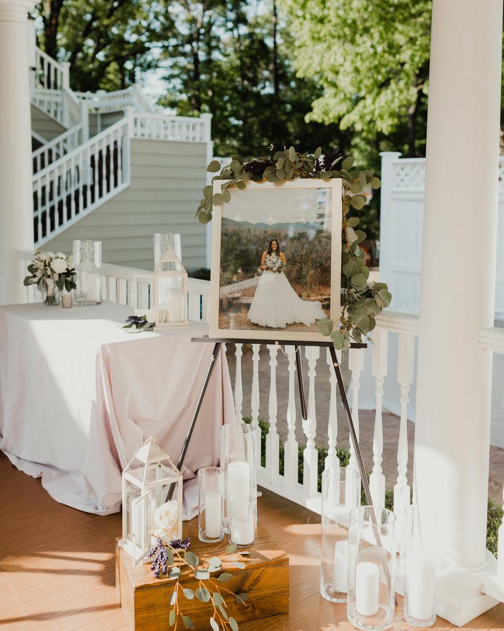 Modern garden wedding CLT whitehead manor 42.jpg