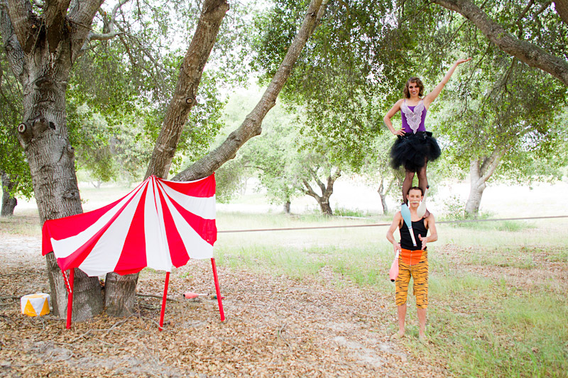 Loriana Ranch, San Luis Obispo Vintage Circus Freak Show Blue Bird inspiration shoot of tightrope walking juggling couple (6 of 6)