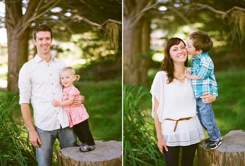 Los Osos Family Photography, kids standing on tree stump kissing and hugging parents