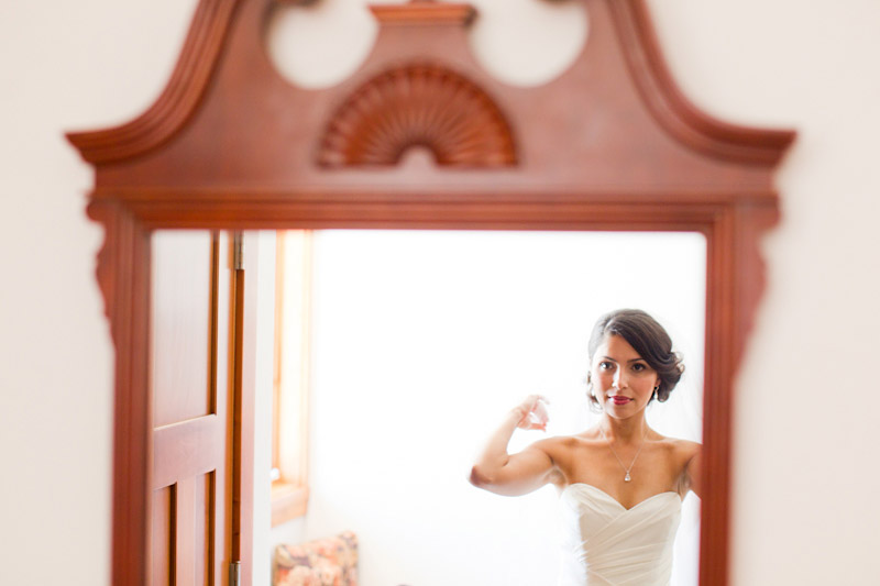 san luis obispo wedding photography of the bride getting ready (2 of 4)