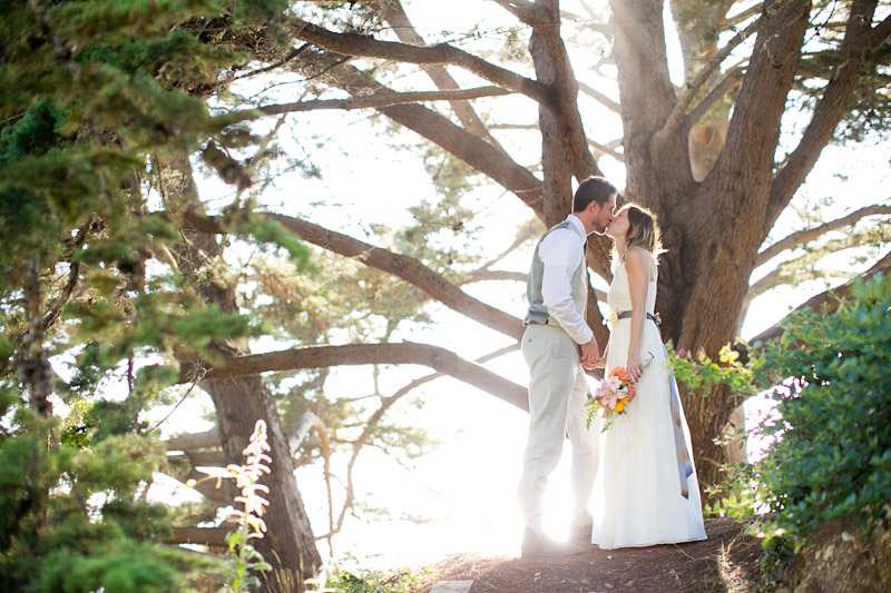 big sur wedding photos with couple in the trees (4 of 4)
