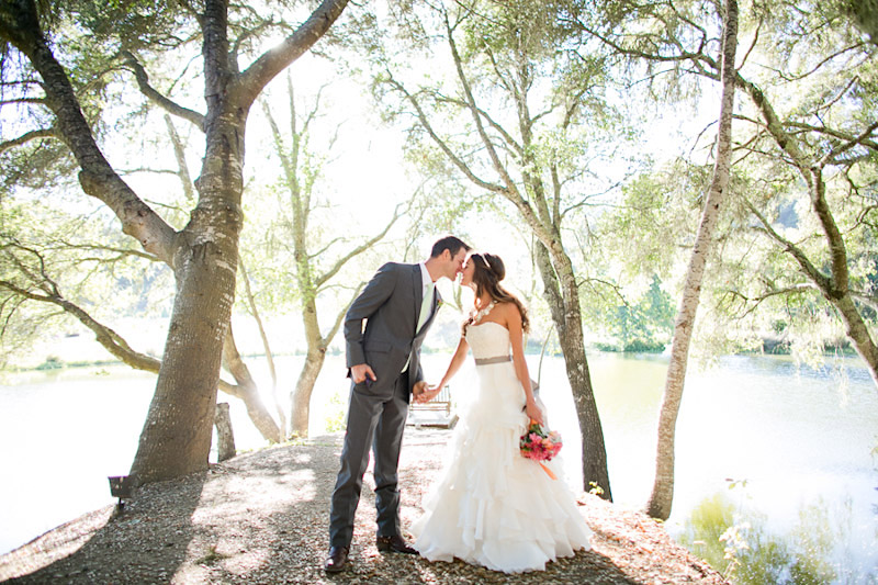central coast wedding at lago giuseppe, couple in the trees