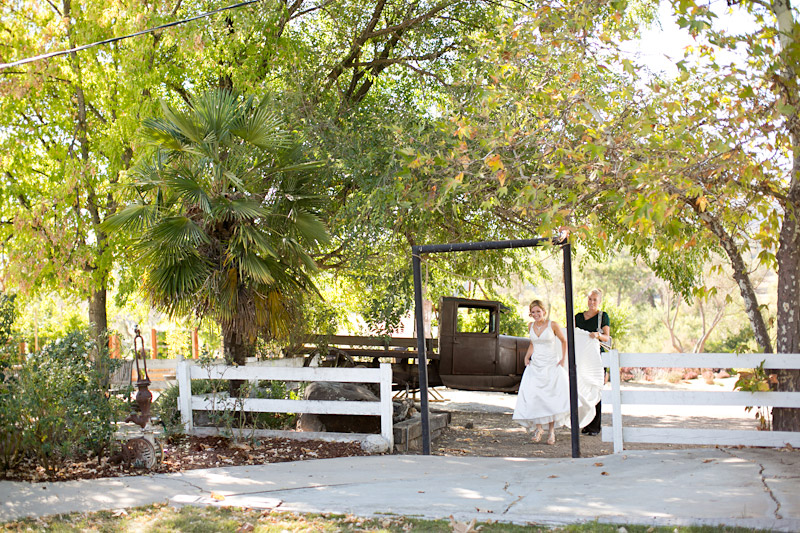 santa margarita ranch, bride and groom first look (1 of 4)