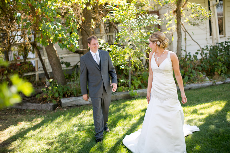 santa margarita ranch, bride and groom first look (2 of 4)