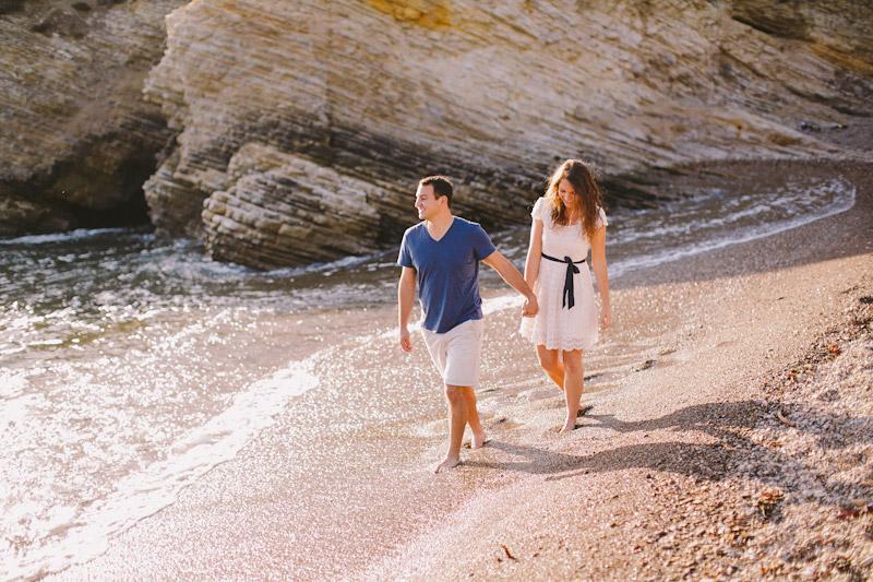 Montana De Oro, couple walking on the beach