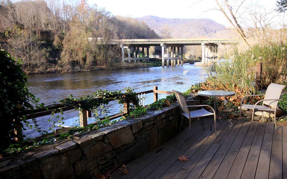 riverside_sun_drenched_deck_web.jpg