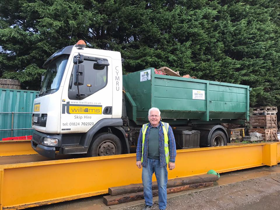 Skip Hire - Our skips are roll-on roll-off hooklift style. We supply skips for all types of waste; Mixed General Waste, Rubble & Soil, Timber waste, Green Waste & Plaster-board waste. Low-Sided & High-Sided skips available. Permenant skip contracts & Council road side permits available.