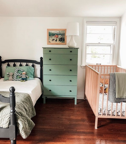 Image and room by  @chelseamohrman