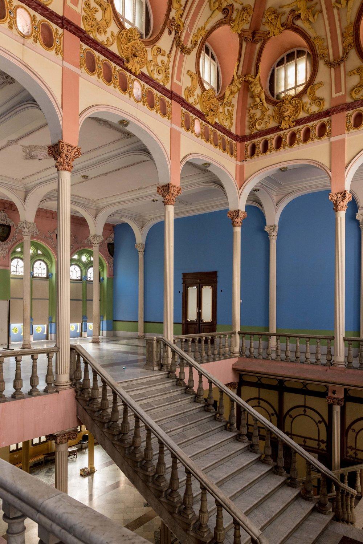 cuba-havana-ballet-school-staircase-2.jpg